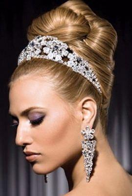 Модні весільні зачіски ексклюзивний
